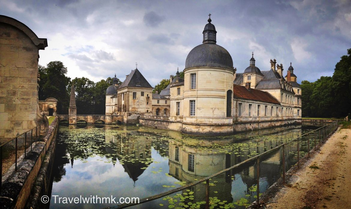 Château de Tanlay : first stop on our road trip through Burgundy